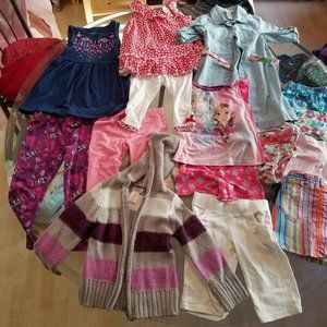 Other - Table lot of Girl's clothes Size 3